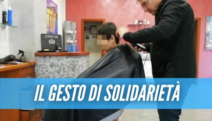Nel pomeriggio di oggi, un barbiere a Pontecagnano ha alzato la sua saracinesca per tagliare i capelli ad un solo cliente