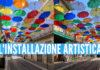 Ombrelli colorati in via Diaz a Calvizzano, foto Giacomo Pirozzi