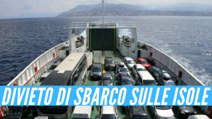 Ischia, Procida, Capri: divieto di sbarco