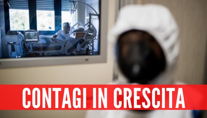 Covid, contagi in crescita in Campania