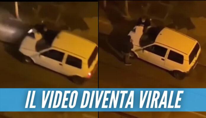 [Video] Follia a Napoli, prostituta si aggrappa all'auto del cliente: «Dammi i soldi o ti ammazzo»