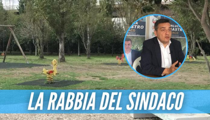 Vergogna a Pomigliano, 13enne picchiato con un tirapugni mentre passeggiava al parco
