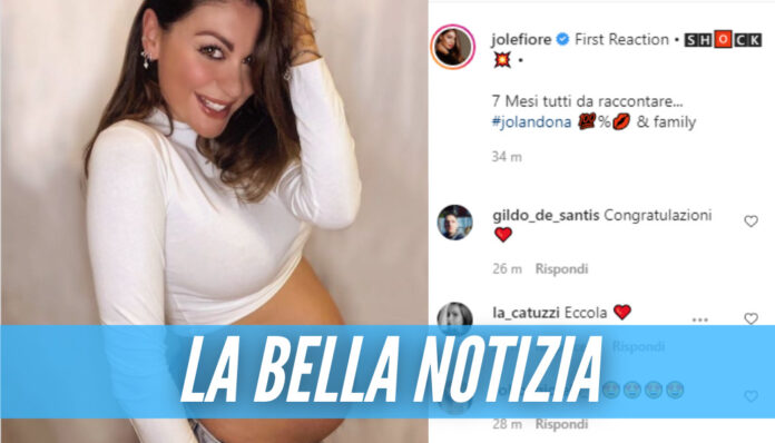 Jolanda De Rienzo è incinta, la giornalista di Napoli mostra il pancione su Instagram