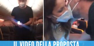 Proposta di matrimonio sul volo Napoli-Milano, il video diventa virale sui social