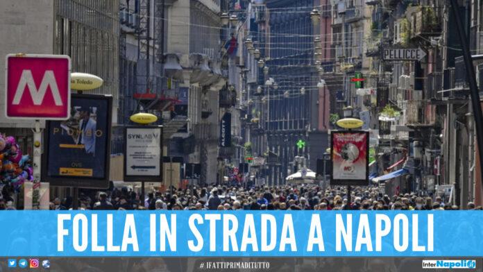 Zona gialla da lunedì, Napoli già presa d'assalto