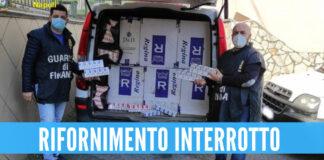 Carico di sigarette di contrabbando intercettato a Napoli