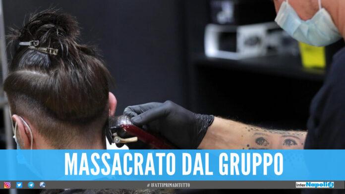 Assalto dal barbiere a Chiaiano, cliente picchiato da 5 persone a volto coperto