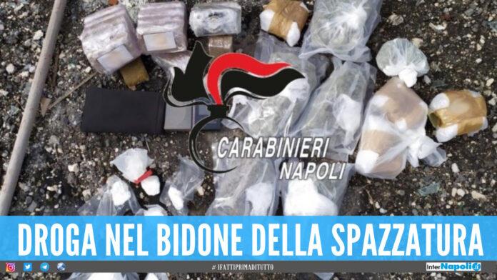 Cocaina, hashish e marijuana nel bidone della spazzatura
