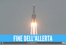 Fine dell'incubo per l'Italia, il razzo cinese cade nell'Oceano Indiano