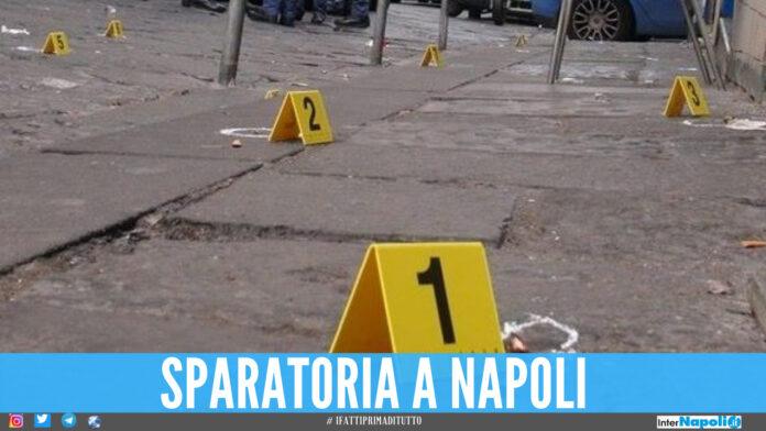 Si spara ancora a Napoli, uomo ferito mentre guidava: colpi esplosi in mezzo al traffico