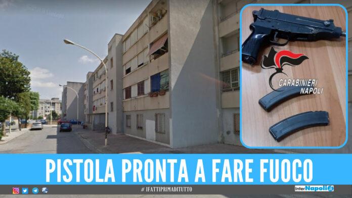 Pistola pronta a fare fuoco scoperta a Frattamaggiore