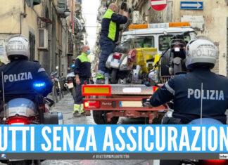 Blitz a Napoli, sequestrati 45 veicoli senza assicurazione: record di illeciti