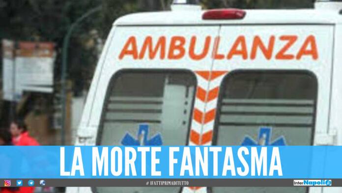 Dramma della solitudine a Napoli, cadavere di una donna morta di Covid resta in casa per 4 giorni