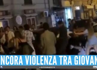 Le immagini della rissa a Napoli in Piazza Bernini