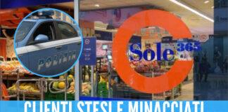 Momenti di terrore a Napoli, banditi armati in un supermercato: clienti in ginocchio