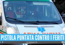 Movida violenta a Napoli, entrano armati in ambulanza dopo una rissa in piazza