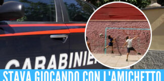 «Cercavo il pallone», bimbo di 10 anni portato in caserma dai carabinieri