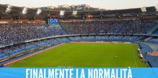 Tifosi allo stadio Maradona di Napoli