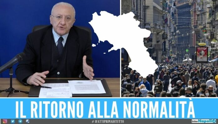 Campania zona bianca normalità De Luca