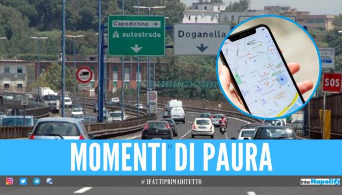 Paura a Napoli, 13enne a piedi in autostrada: seguiva il navigatore per andare dall'amico