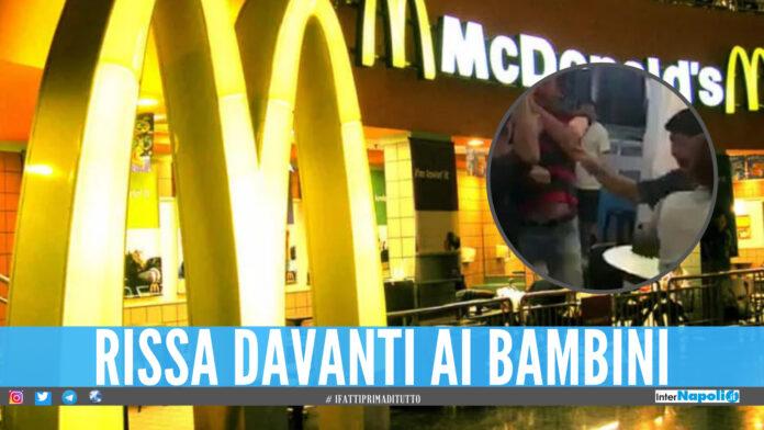 Rissa al McDonald's in Campania, calci e pugni davanti ai bambini mentre mangiano