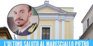 Caserta in lacrime per Pietro, l'addio al maresciallo 25enne morto nell'incidente in Calabria