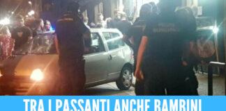 Si schianta con l'auto sulla folla, paura ad Aversa: gli agenti lo salvano dal linciaggio
