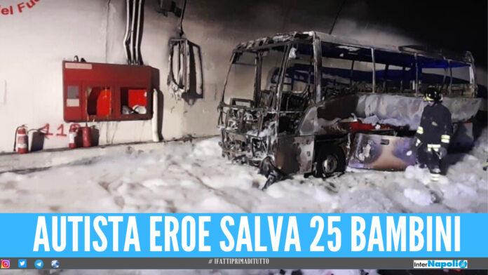 Bus prende fuoco in galleria a Lecco, all'interno c'erano 25 bimbi: salvati da autista eroe
