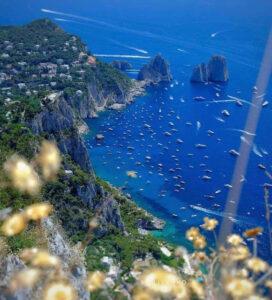 Le barche nel mare di Capri - foto Francesco Emilio Borrelli