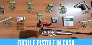 Pistola, fucili e proiettili in casa: arresto dei carabinieri a Giugliano