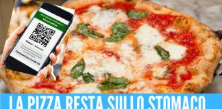 Mangia la pizza senza green pass: 400 euro di multa al cliente e 1000 al titolare