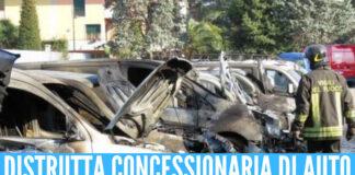 Concessionaria in fiamme (foto generica)