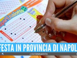 La fortuna fa tappa in provincia di Napoli, vinti oltre 21mila al SuperEnalotto con un '5'