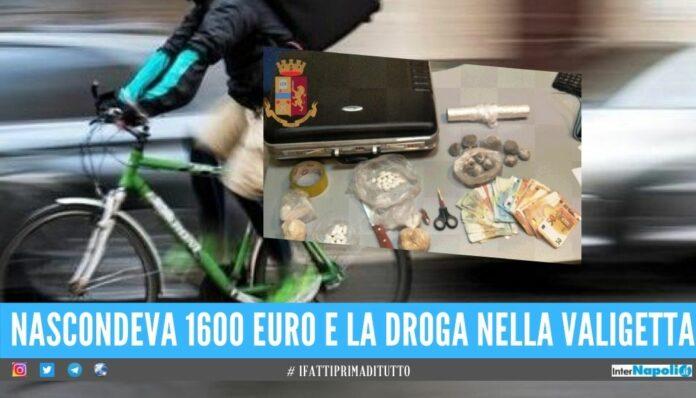 Catturato rider della droga a Napoli, consegnava a bordo della bici elettrica