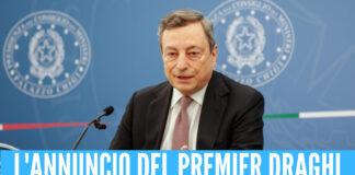 Green pass prorogato e niente mascherine in classe, arriva l'annuncio di Draghi in conferenza