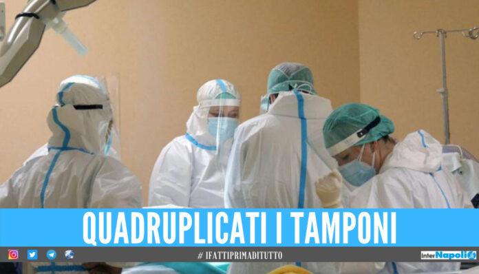 Raddoppiano i positivi in Campania, ci sono anche 4 vittime: il bollettino Covid di oggi