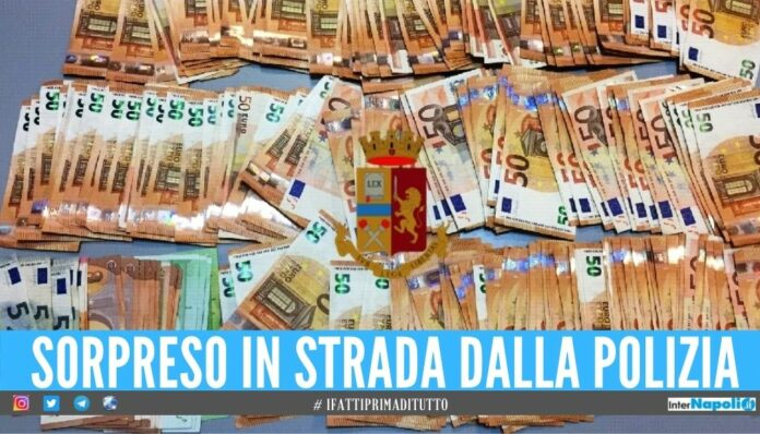 Nascondeva 13mila euro in contanti, sorpreso in strada dalla polizia