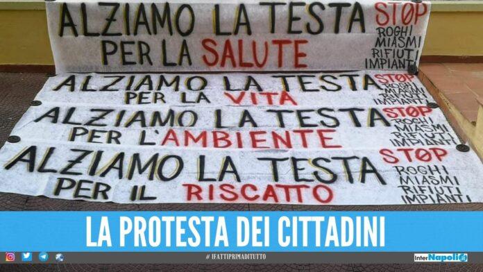 Protesta contro i miasmi partono i cortei da Giugliano, Qualiano e Parete