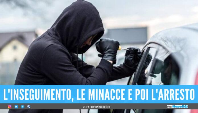 Napoli. Trova il ladro nella sua auto, lui lo minaccia dopo il folle inseguimento