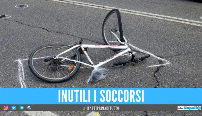 Tragedia a Ponticelli, ciclista travolto e ucciso da una 500: Giovanni muore a 58 anni
