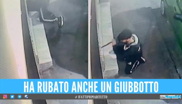 Raid nella macelleria a Napoli, ladro scappa via con pochi spiccioli [VIDEO]