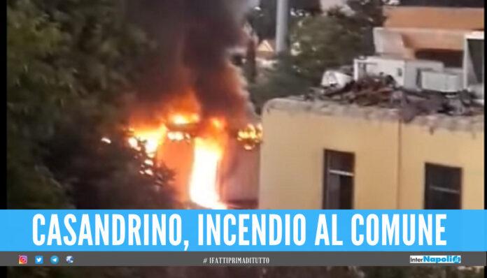 Casandrino, incendio al Comune