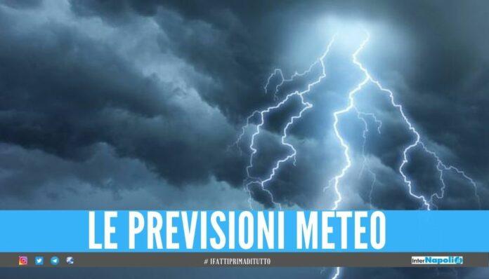 Meteo instabile tra Napoli e provincia, bombe d'acqua e raffiche di vento