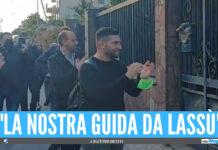 Il saluto di Luciano Mottola a casa di Antonio Amente