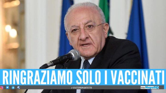 Vincenzo De Luca festeggia: