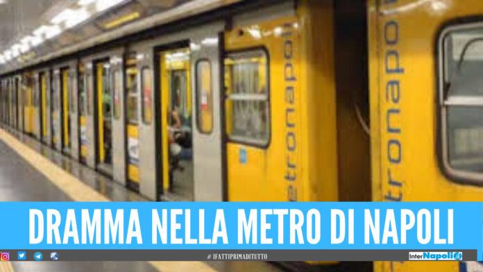 Tragedia alla linea 1 della metro di Napoli, passeggero investito da un treno
